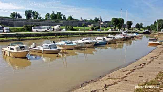 Blaye estuaire de la gironde - Horaires piscine toulon port marchand ...