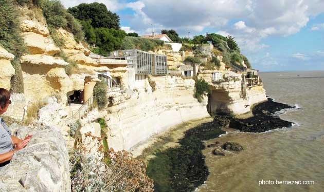 Meschers grottes de regulus meschers - Port de meschers ...