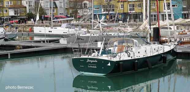 La rochelle le vieux port de la rochelle - Comptoir de la mer la rochelle ...