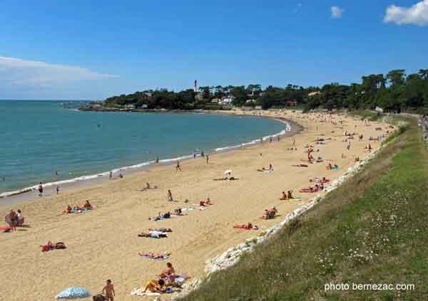 Saint palais sur mer la plage du platin - Office du tourisme saint palais sur mer ...
