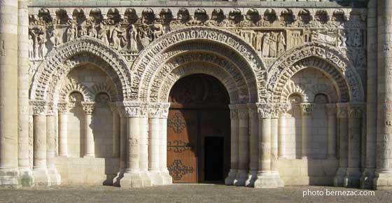 Grand Foyer De L Art Roman : Bernezac l art roman en saintonge